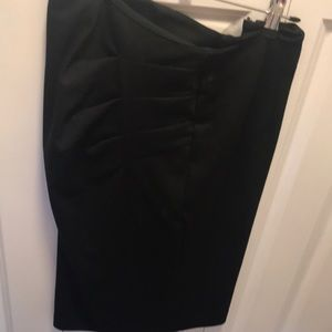 Soft black skirt with touched detail stretch